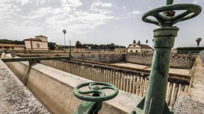 La sequía inversora marchita las redes de agua potable de España